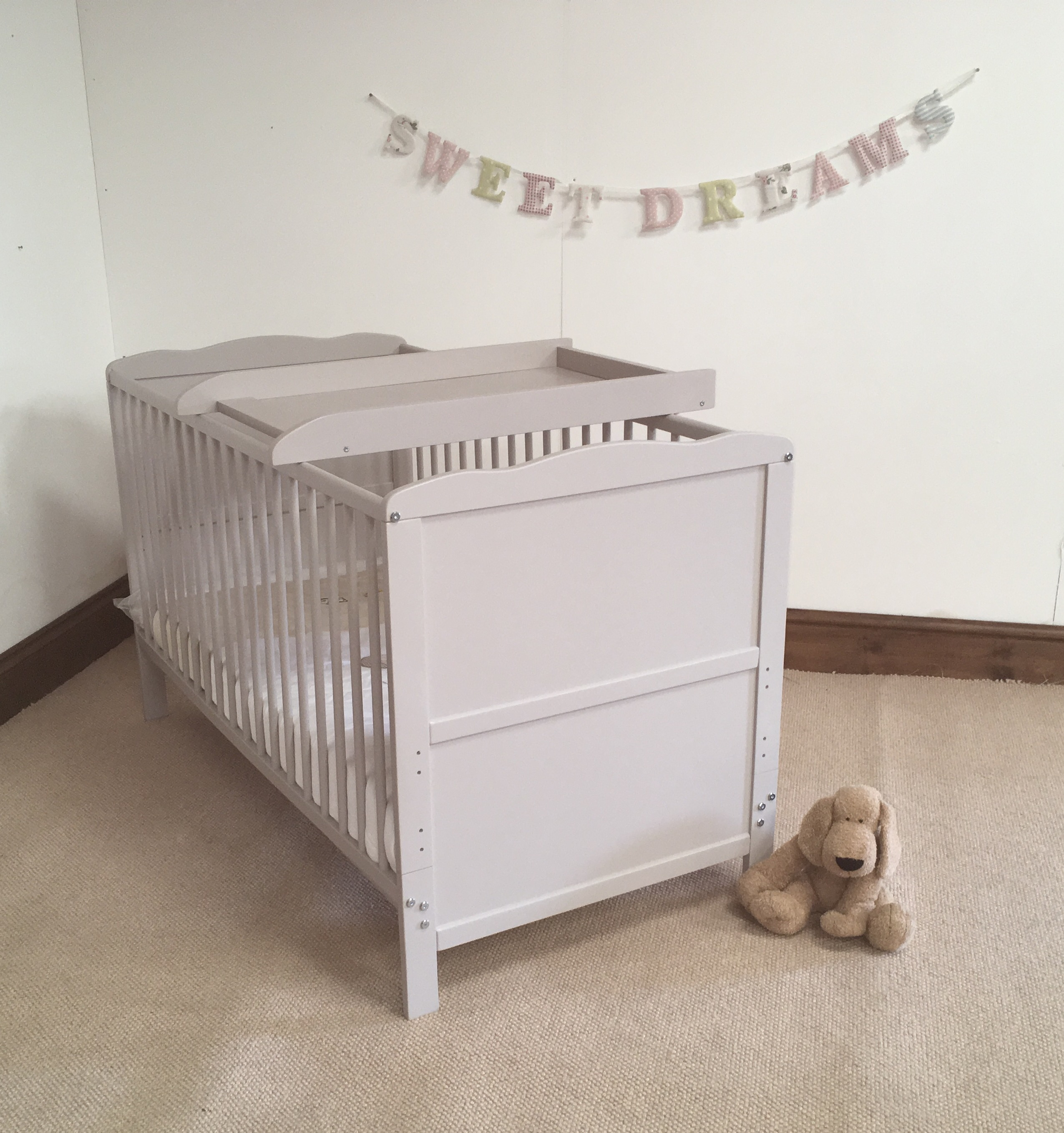 Saplings katie crib for sale - Grey Cot Top Changer